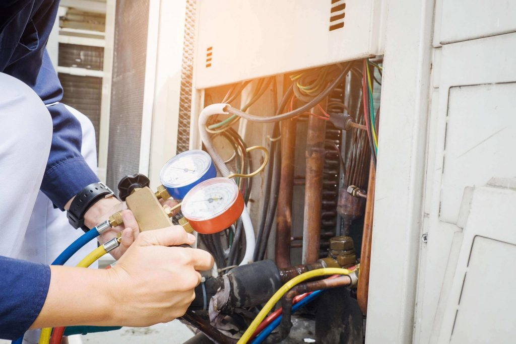 The Pros and Cons of Gas and Electrical Furnaces